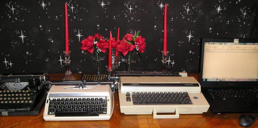cropped-typewriter-history-4.jpg