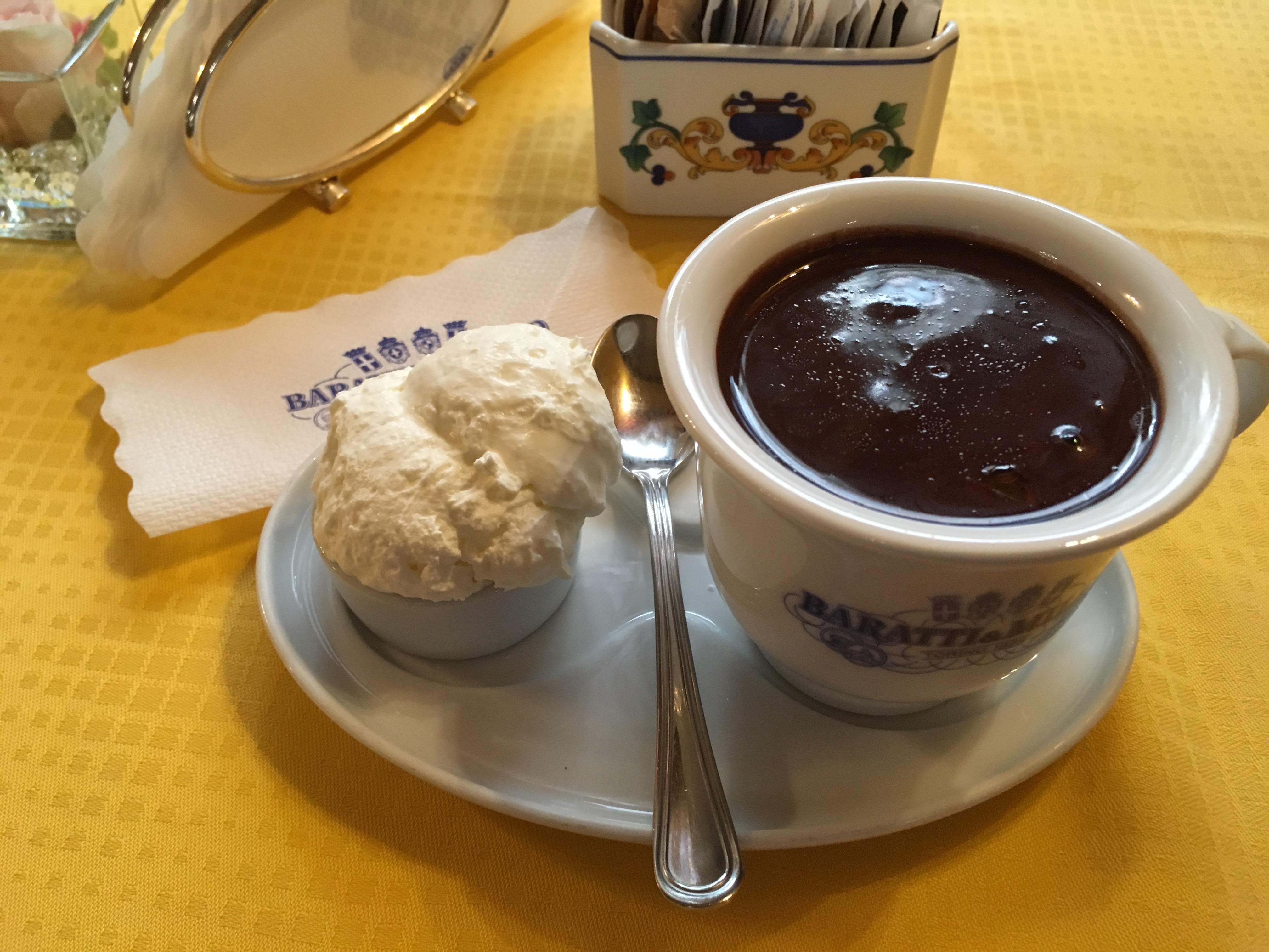 Italy18 Hot Choc. Fresh whip cream